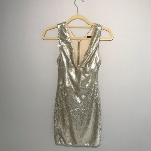 ✨ NWT ✨ ZARA sequined SILVER cocktail dresss